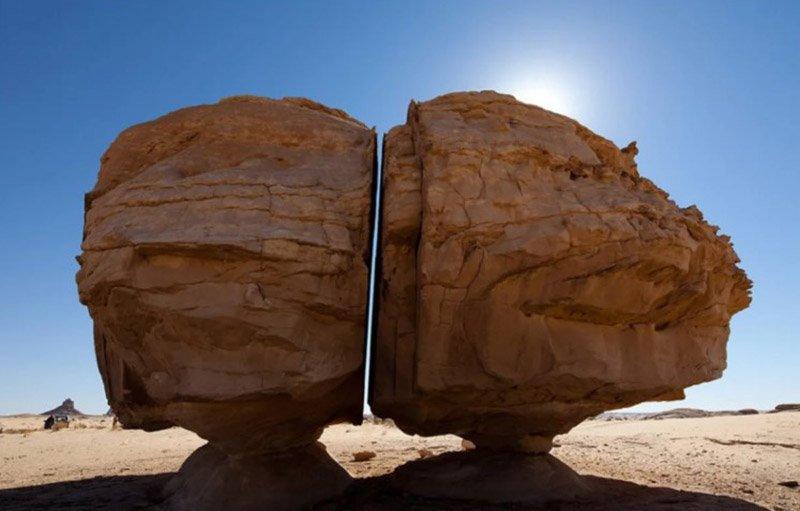 Древний камень Аль-Наслаа разрезан «инопланетным лазером»?
